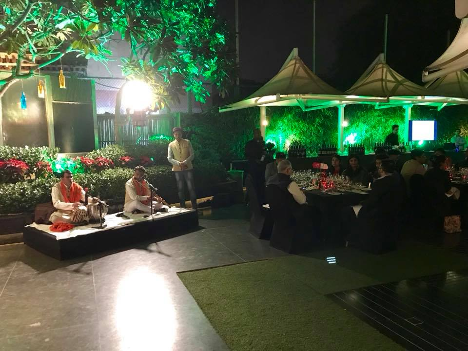 indian-wine-day-live-music
